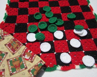 SALE Checker Game Crocheted in Christmas Colors, Family Fun Night Game, Christmas or Italy Colored Checker Game