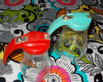 2 Vintage 1950's Federal Tool Company Syrup Pitchers - Red & Aqua!!