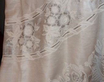Vintage Oval Tablecloth With Swans Made in Mexico