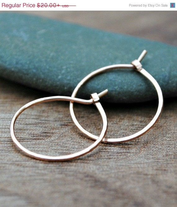 small thin gold hoop earrings small gold hoop earrings thin gold hoops by tiffanyannestudios 3225