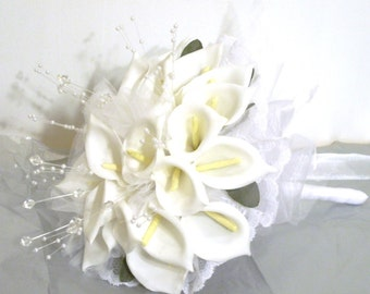 White Calla Lilly Throw Away Bridal Bouquet, Hand Tied Silk Calla Lily Ceremony Bouquet with Spray Pearls and Rhinestones