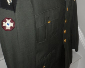 green military dress  jacket  army  a medic patch MILITARY MEDIC   path with star size 40  L marked