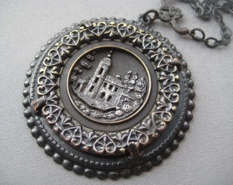 Antique Button Necklace - Victorian Jewelry - Gothic Necklace - Button Pendant - Vintage Button Jewelry - Gothic Jewelry - Picture Button