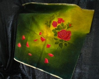 x Hand Painted Roses on Green Velvet Vintage Art (FF062115-13)