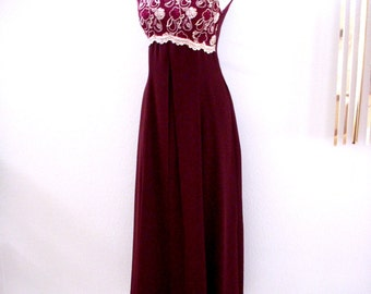 Merlot Party Dress - Vintage 70s 80s Cranberry and Gold Evening Dress - Sleeveless Empire Waist Crepe Maxi Prom Dress - Size Small