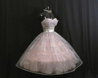 Vintage 1950's 50s STRAPLESS Bombshell Lilac Silver Metallic Painted Floral Tulle Taffeta Party Prom WEDDING Dress Gown
