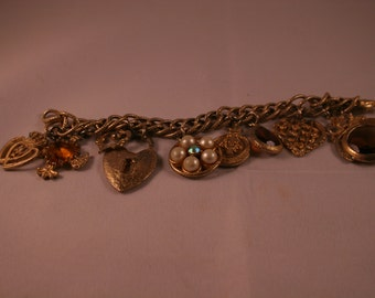 Vintage Chunky Charm Bracelet - Theme is Hearts!