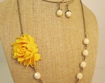 Popular items for mustard wedding on etsy for Mustard colored costume jewelry