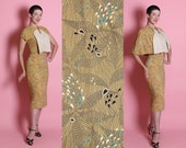 KILLER 1940's 2 Piece Golden Yellow Rayon Hourglass Cocktail Dress & Matching 2 Sided Capelet in Hearts Flower Novelty Print w Heart Buttons