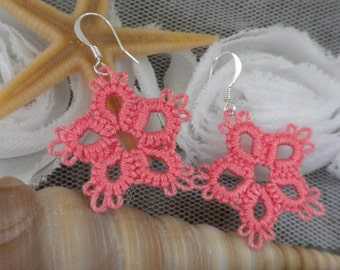 coral star tatted earrings