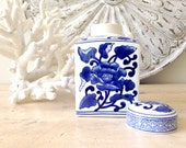 READY TO SHIP: Ginger jar, blue and white ginger jar, temple jar, large ginger jar, chinoiserie, tollmache, blue and white, Chinese vase