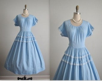 50's Cotton Dress // Vintage 1950's Sweet Blue Cotton Eyelet Full Garden Party Summer Day Dress S