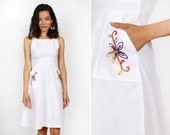 70s  Dress XS Small • White Cotton Embroidered Sundress with Pockets | D262