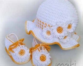 Crochet pattern - Daisy baby set hat with booties. Permission to sell finished items.