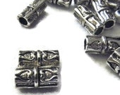 25 Metal Tube Spacers with Dual Hearts