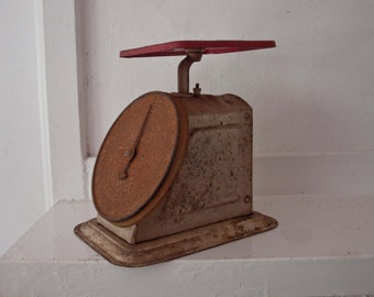 Rustic Kitchen Scale / Universal Household Scale / Made in USA