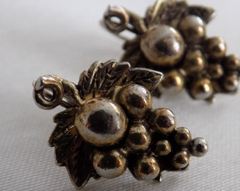 Vintage earrings,  grape cluster lever back gold and silver tone antique earrings, retro jewelry