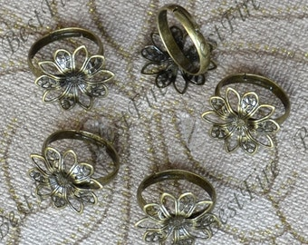 5 pcs Antique Brass ring finding Pad Open Adjustable RING Base,flower Ring base beads,ring findings jewelry findings
