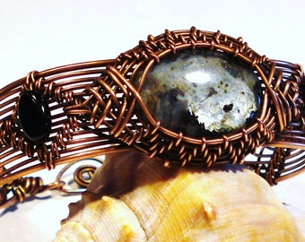 Labradorite and Copper Wire Woven Bracelet, Free US Shipping