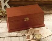 Vintage Wood Box / Humidor / Trinket Box / Jewelry Box / Walnut Box
