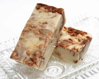 Butterfinger Fudge, 1 1/2 pounds, Old-fashioned Cream & Butter Recipe loaded with Butterfinger pieces