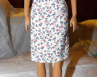 Fashion Doll Coordinates - White a-line skirt wih red & blue flowers - es346