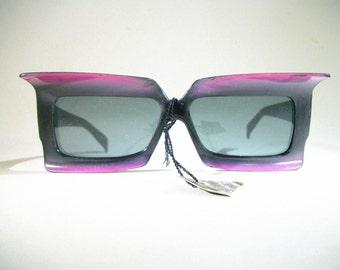 Vintage Foster Grant Sunglasses / 1960's / Purple / Batwing