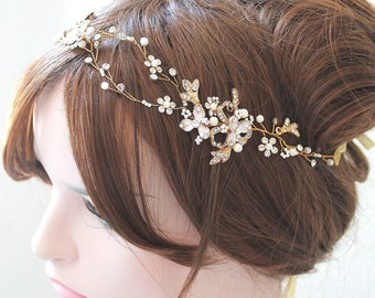 Gold Leaf Vine Bridal Headpiece. Boho Delicate Crystal Pearl wedding Wreath. Halo Headband. Rhinestone Floral Hairpiece. TEREZ