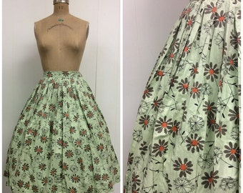 1950s Vintage Novelty Print Cotton Skirt 50s Daisies Dandelions