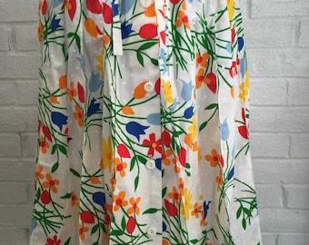 Vintage 70's Sanibel Sport White Floral & Polka Dot Skirt - Lovely