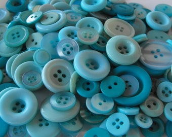 Waterfall Buttons, 100 Bulk Assorted Round Multi Size Crafting Sewing Buttons