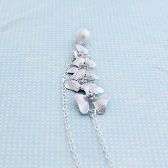 Silver Cherry Blossom Lariat with Freshwater Pearl, Sterling Silver Chain, June Birthstone, Pearl Cherry Blossom Necklace, Wedding Jewelry