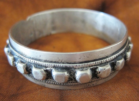 Old Tribal Berber pure Silver bracelet