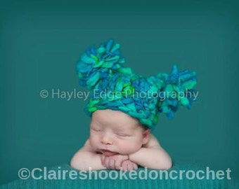Green pom pom baby hat, hand dyed wool Jester, baby hat, newborn photography prop, baby gift