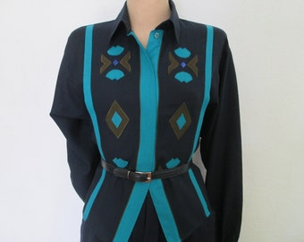 Wool Blouse Vintage / Buttoned / Navy / Size EUR38 / 40 / UK10 / 12