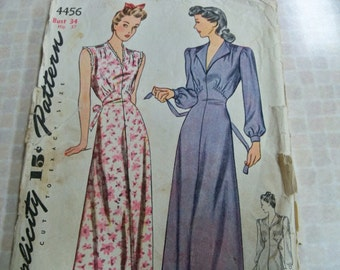 1942 Simplicity 4456 Size Bust 34 Hip 37 Casablanca-Style Womens Nightgown Sewing Pattern Vintage Sewing Pattern Supply Lana Turner Gown c