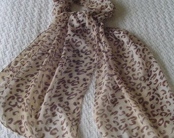 Leopard-like Spotted Neck Scarf, Long Neck Scarf, Ladies Accessory, 100%Polyester Neck Scarf, Soft Fabric Neck Scarf, Very Long Neck Scarf
