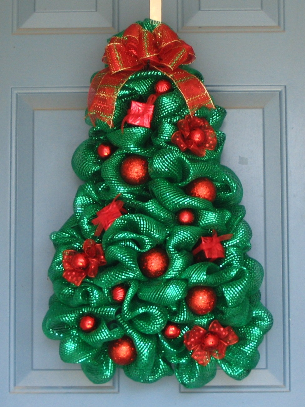 Metallic green deco mesh christmas tree wreath all red Christmas wreath decorations