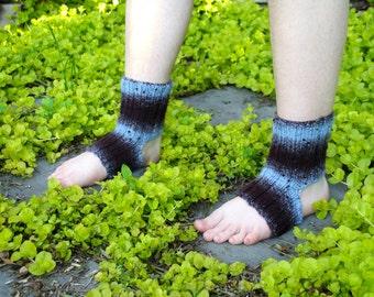 Knit Yoga Socks, Pilates Socks, Dance Accessories, Ballet Accessories, Stirrup Socks, Flip Flop Socks, Spa Socks