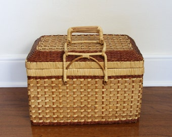 Lidded Wicker Picnic Basket - Flip Top Woven Wicker Basket - Large Sewing Basket