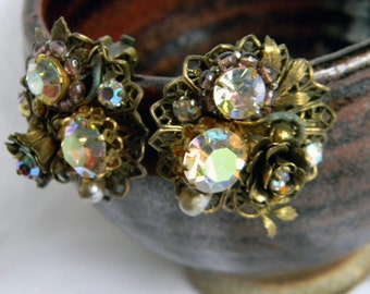 Antique Unsigned Miriam Haskell Style Stunning Golden Floral Rhinestone Extravaganza Clip Earrings.  Totally Amazing Works of Art