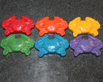 Recycled Crayons. Crab Crayons. Kids Crayons. Crab. Crabs. Deadliest Catch. Crayons. Party Favors. Set of 6 Crayons. Rainbow Crayons.
