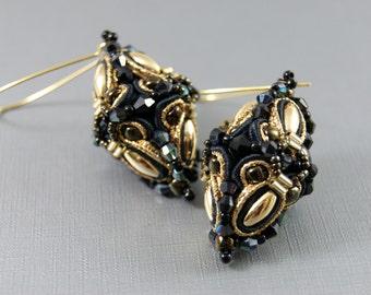 Soutache Earrings in 3D Optic / black , gold /