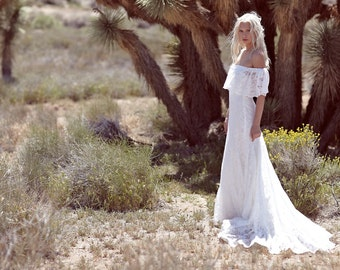 "Bohemian Wedding Dress, Off The Shoulder Gown, Lace Ivory Dress, 1970s Hippie Unique White Vintage Bridal Gown - ""Winnie"""