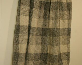 Vintage 1980s wool blend Suit Gray plaid Drindl Skirt woven Blazer E.H.Woods size 16 fully lined Chunky