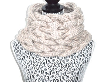 Braided Chunky Cabled Cowl