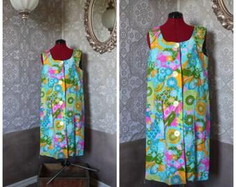 Vintage 1960's Levoy's Lounging Dress Medium