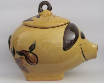 Vintage Los Angeles Calif USA No. 82 Potteries Hand Decorated Pig Cookie Jar Ceramic Harvest Gold with Brown