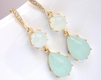 Mint Earrings, Glass Earrings, Aqua Earrings, Light Green Earrings, Gold, Bridesmaid Earrings, Bridal Earrings, Bridesmaid Gift