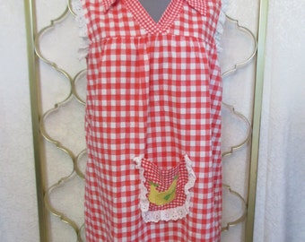 Vintage 1970s Gingham Baby Doll Mini Dress Red Smock Embroidered Pears Fruit Petite S/M